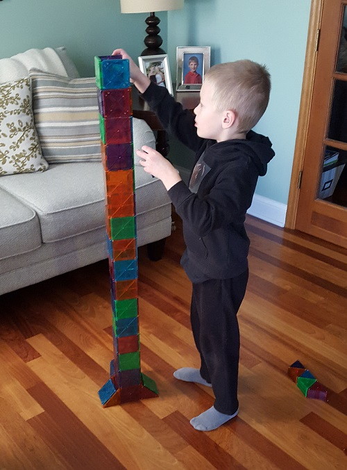 Go Mama O. Magna Tiles Tower